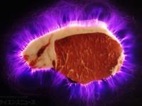 【食べる科学実験】電気肉は本当に旨くなっているのか!? 人工知能搭載味覚センサー出動! 第2回(全3回)
