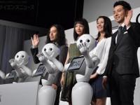 芥川賞作家も真っ青のロボットギャグ! 『Pepper World 2016』(東京・汐留)開催中